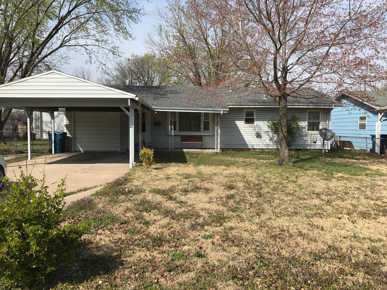 114 W Jefferson, Coffeyville, KS 67337