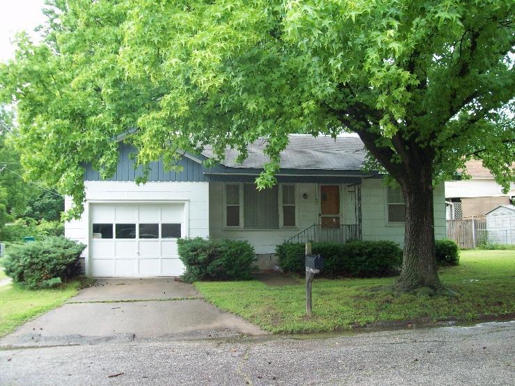 412 N 18th, Parsons, KS 67357