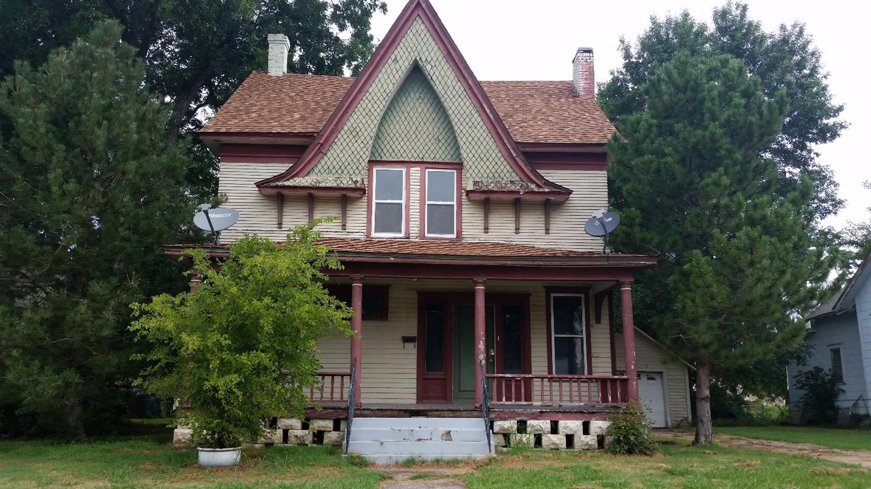 912 W Main Street, Independence, KS 67301