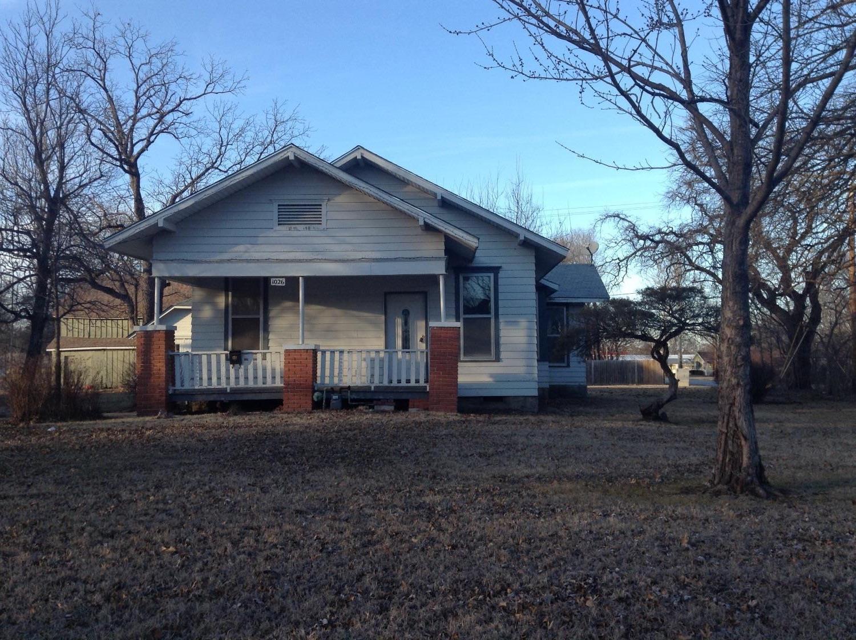 1026 E 5th, Cherryvale, KS 67335
