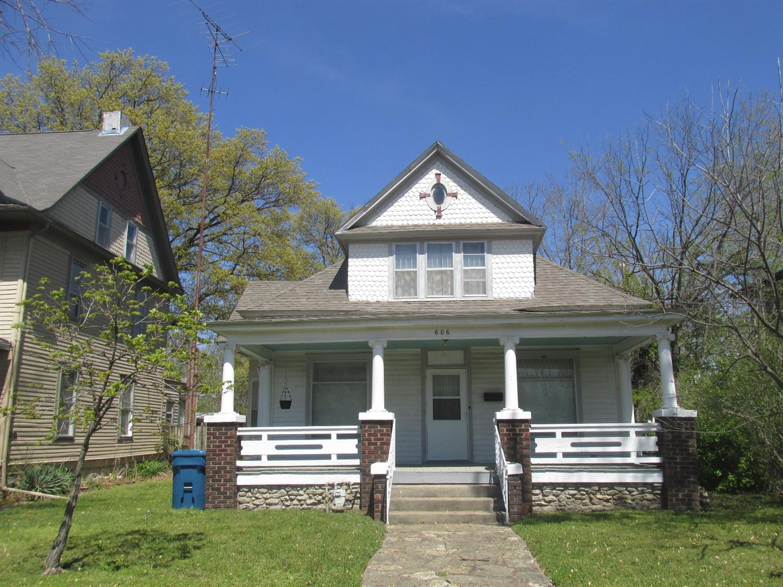 606 Lincoln W, Coffeyville, KS 67337