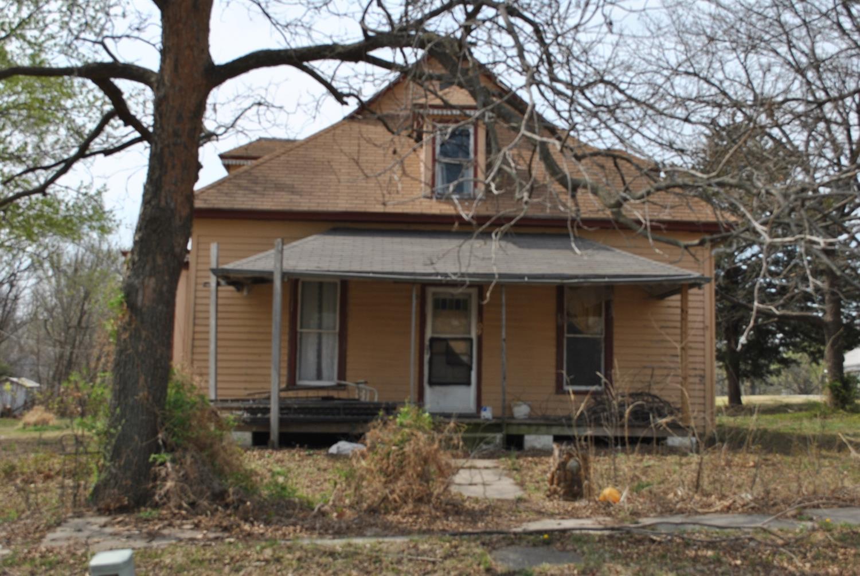 109 Cedar, Cedar Vale, KS 67024