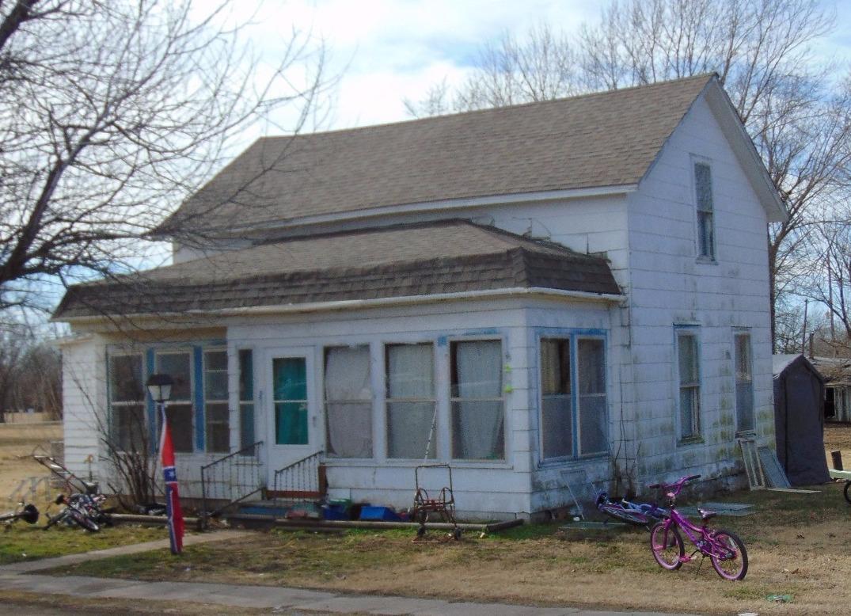 331 E 8th Street, Cherryvale, KS 67335