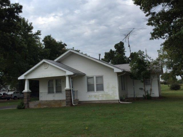 1205 E 5th Street, Cherryvale, KS 67335