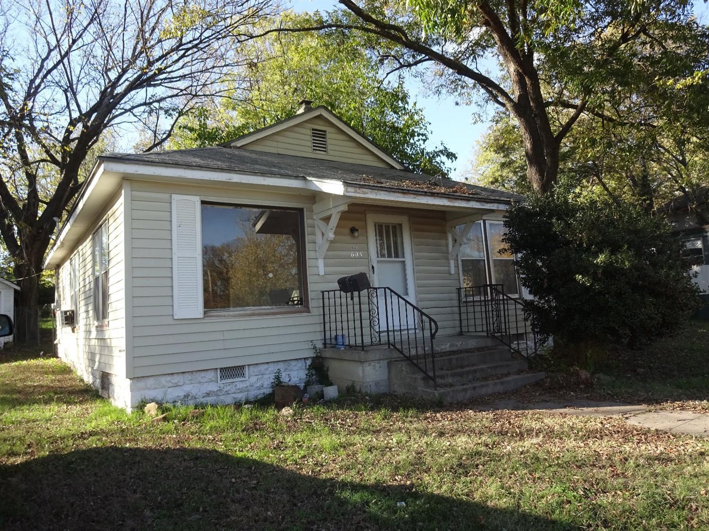 603 S 1st Street, Independence, KS 67301