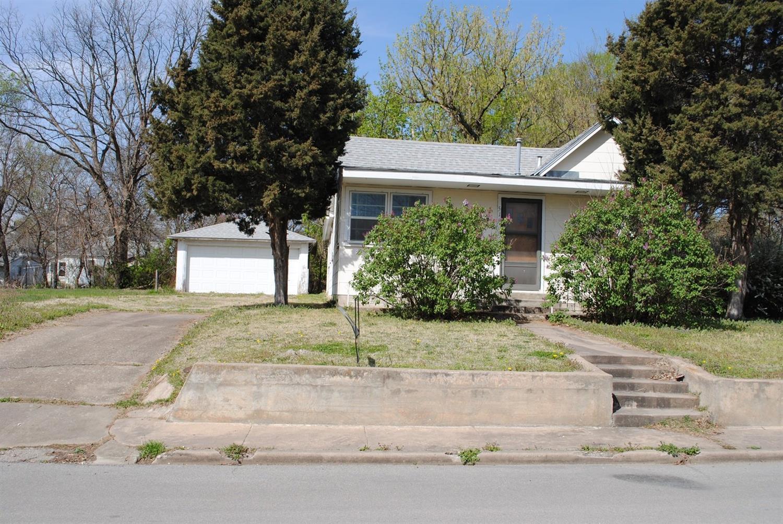 518 S 4th Street, Neodesha, KS 66757