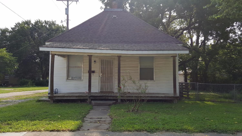 112 S 15th Street, Independence, KS 67301