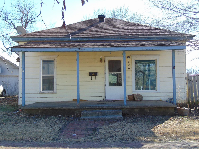 329 W 2nd Street, Cherryvale, KS 67335