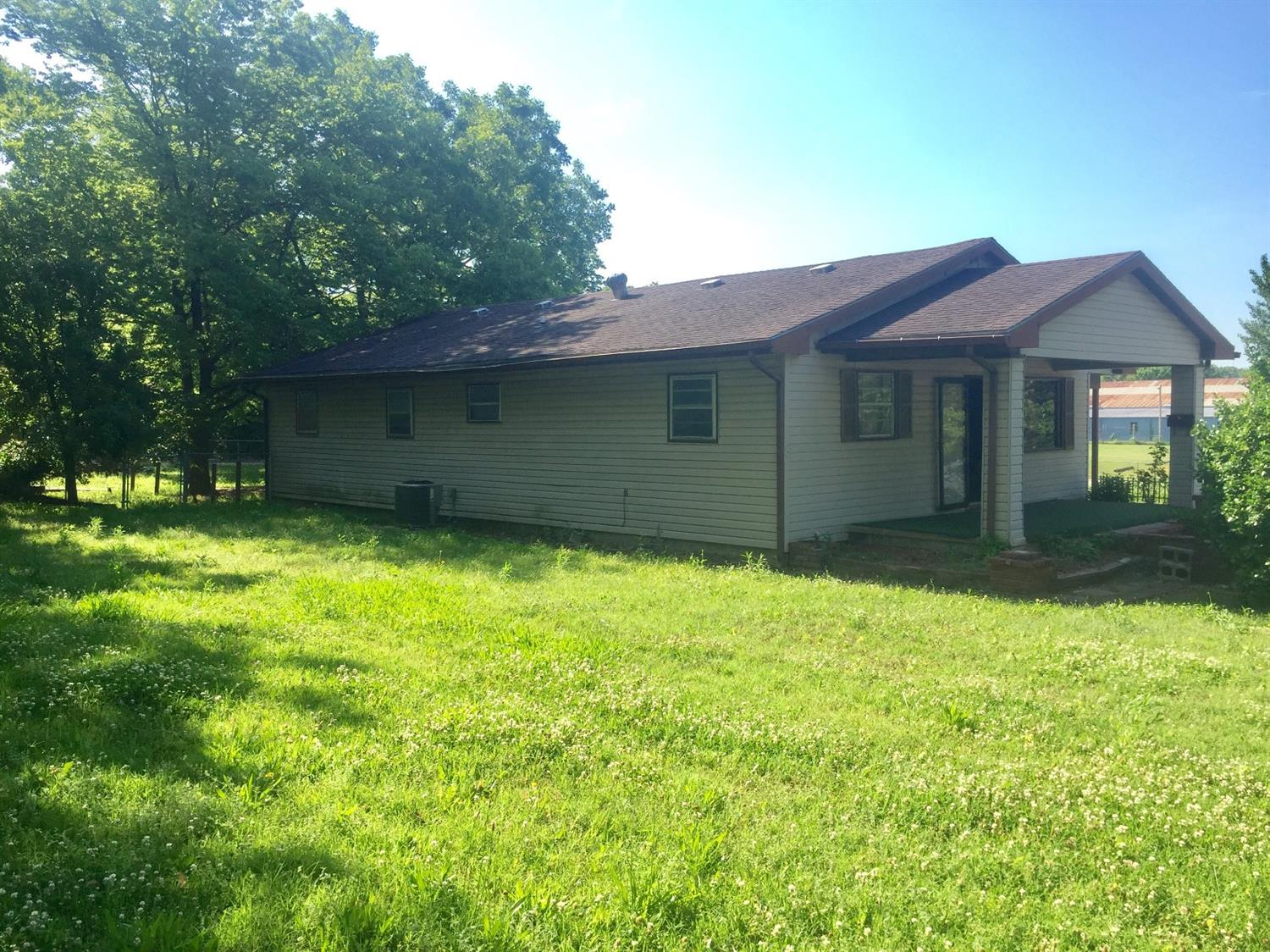 820 S 4th, Independence, KS 67301