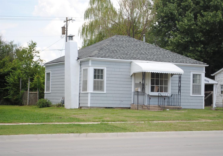 1016 W Main Street, Independence, KS 67301