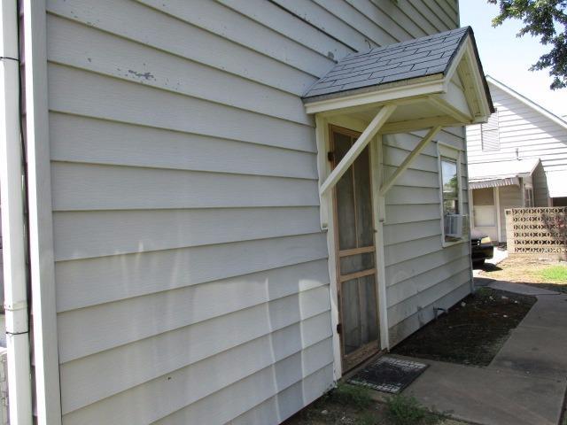 1309 W 6th Street, Coffeyville, KS 67337