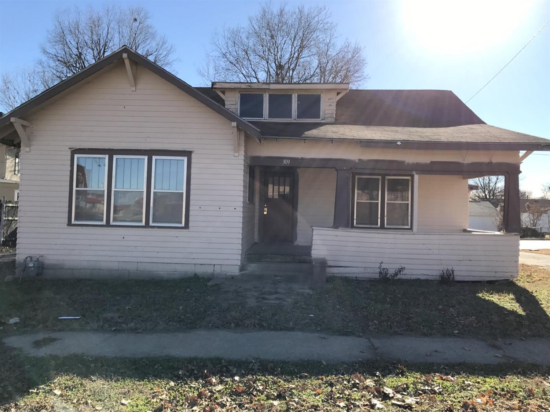 309 W Maple Street, Independence, KS 67301