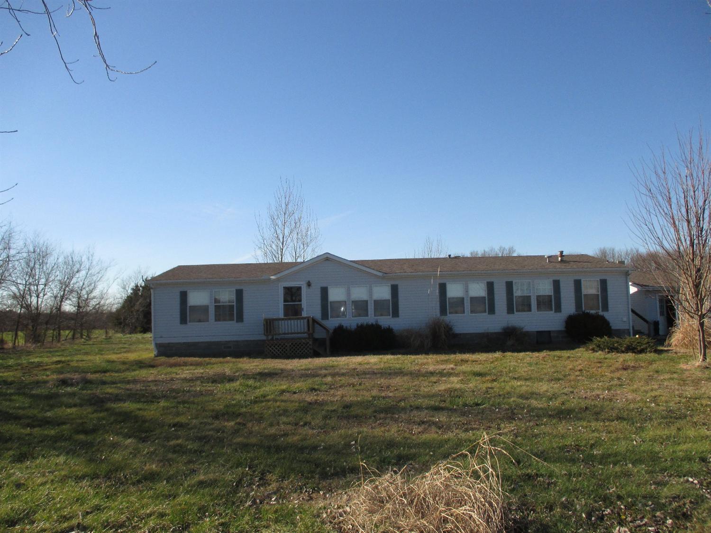 3298 N Olive St., Cherryvale, KS 67335