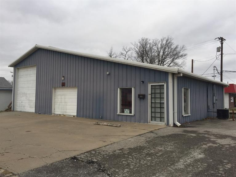 400 W Sycamore, Independence, KS 67301