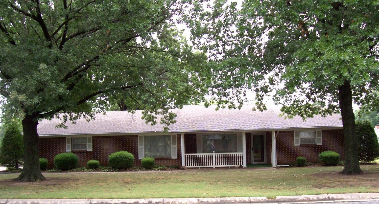 403 Tyler Boulevard, Coffeyville, KS 67337