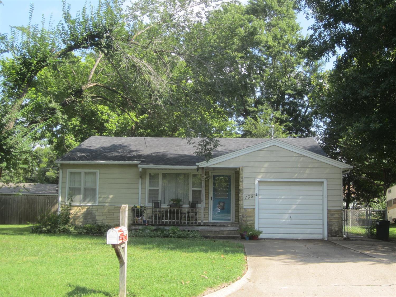 136 Spruce Street, Independence, KS 67301