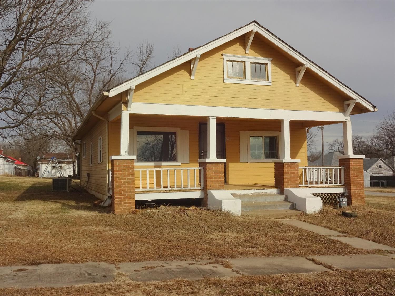 818 E Edison, Independence, KS 67301