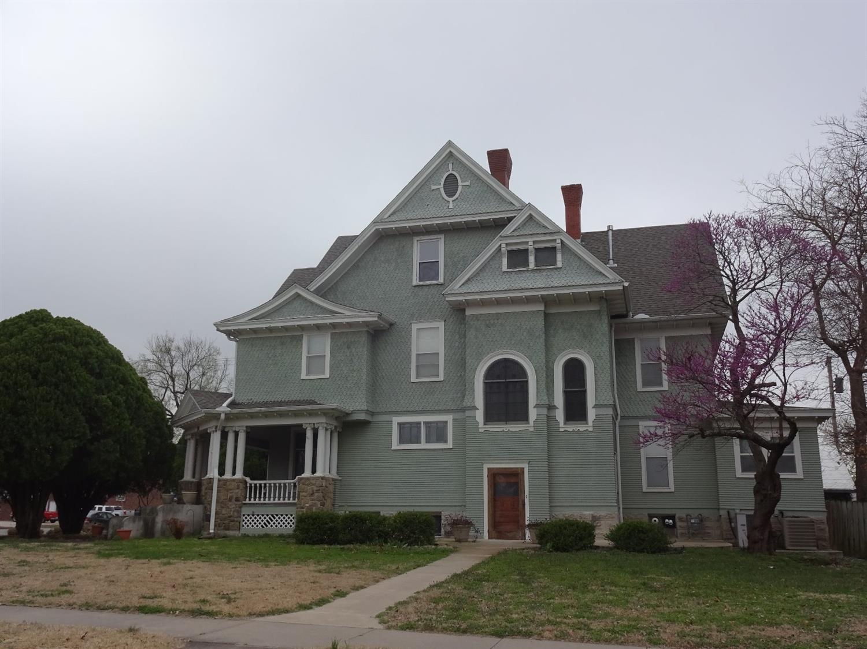 501 W Myrtle Street, Independence, KS 67301