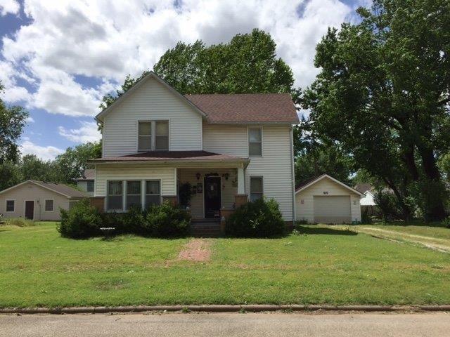 406 N Neosho Street, Cherryvale, KS 67335