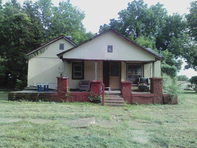 2112 Morgan Avenue, Parsons, KS 67357