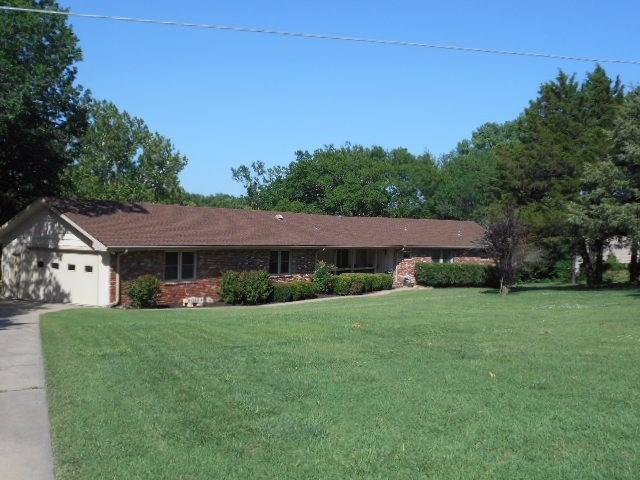 2118 Woodland View Drive, Independence, KS 67301