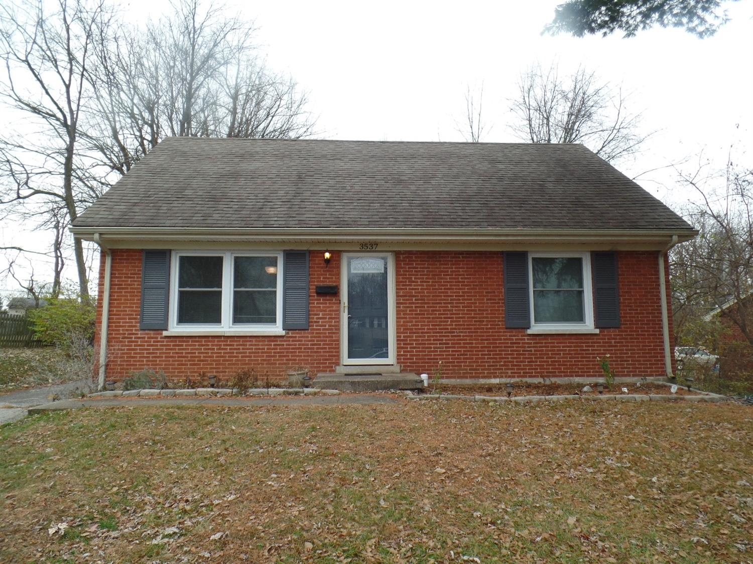 Home For Sale at 327 Stoneybrook Dr, Lexington, KY 40517