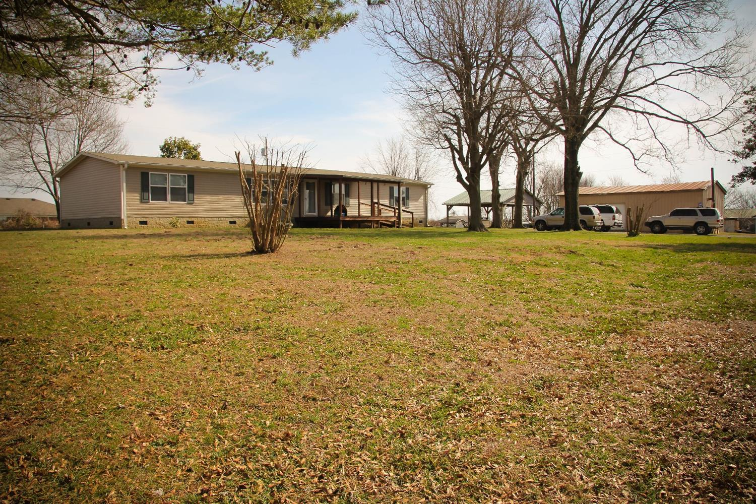 Home For Sale at 1272 Carry Nation Rd, Lancaster, KY 40444