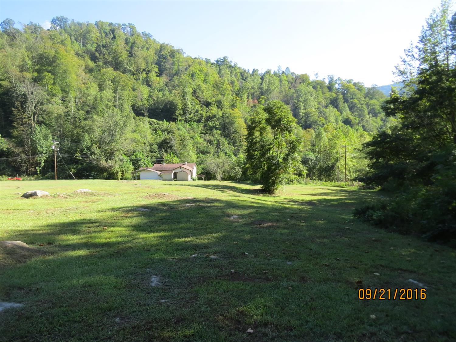 391 AGES CREEK RD, AGES BROOKSIDE, KY 40801