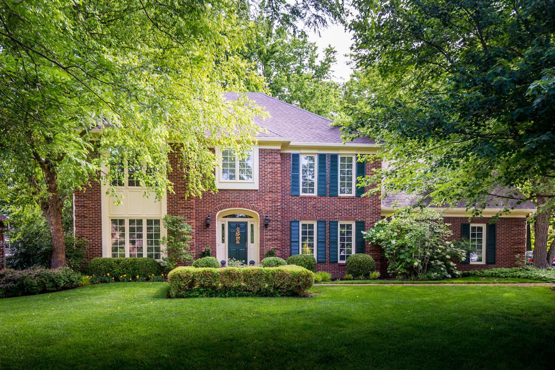 2372 The Woods Lane, Lexington, KY 40502