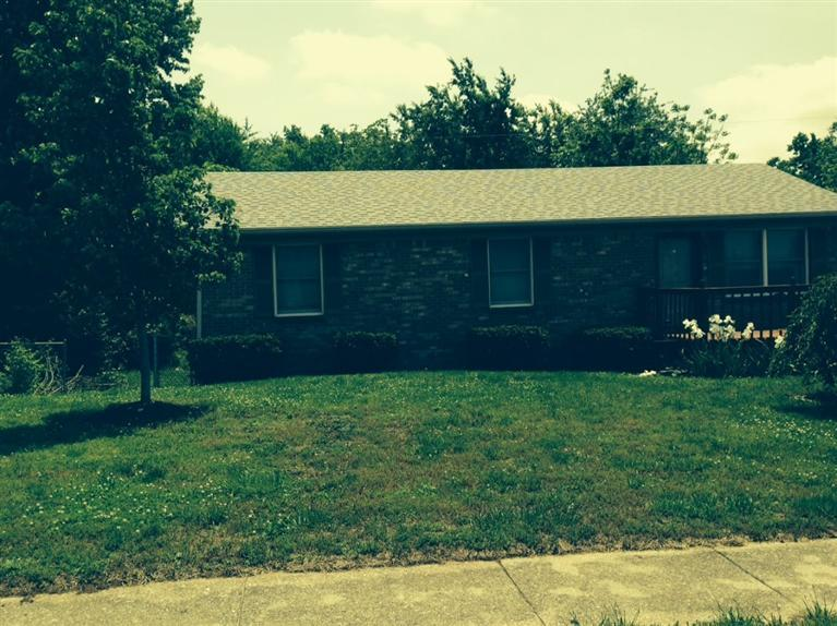 633%20Barefoot%20Dr%20Wilmore,%20KY%2040390 Home For Sale