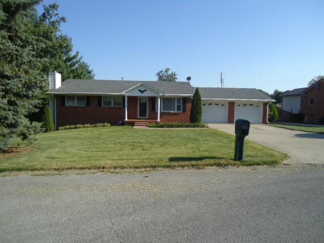 1121 Jeffrey Dr Paris, KY 40361