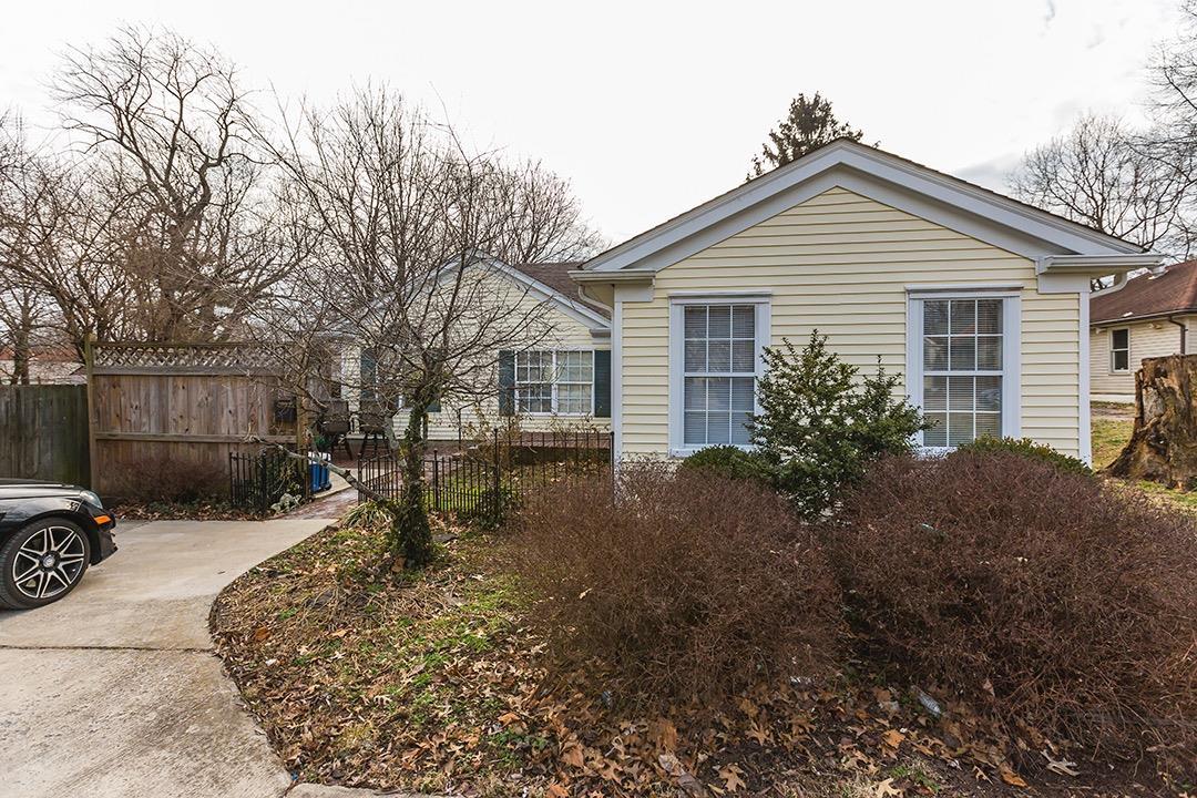 300 Owsley Avenue, Lexington, KY 40502
