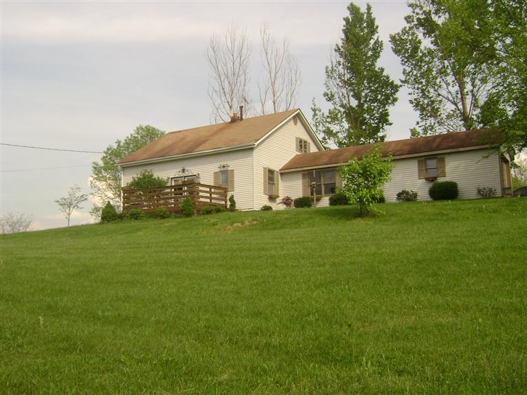 4014 Stepstone Rd Mt Sterling, KY 40353