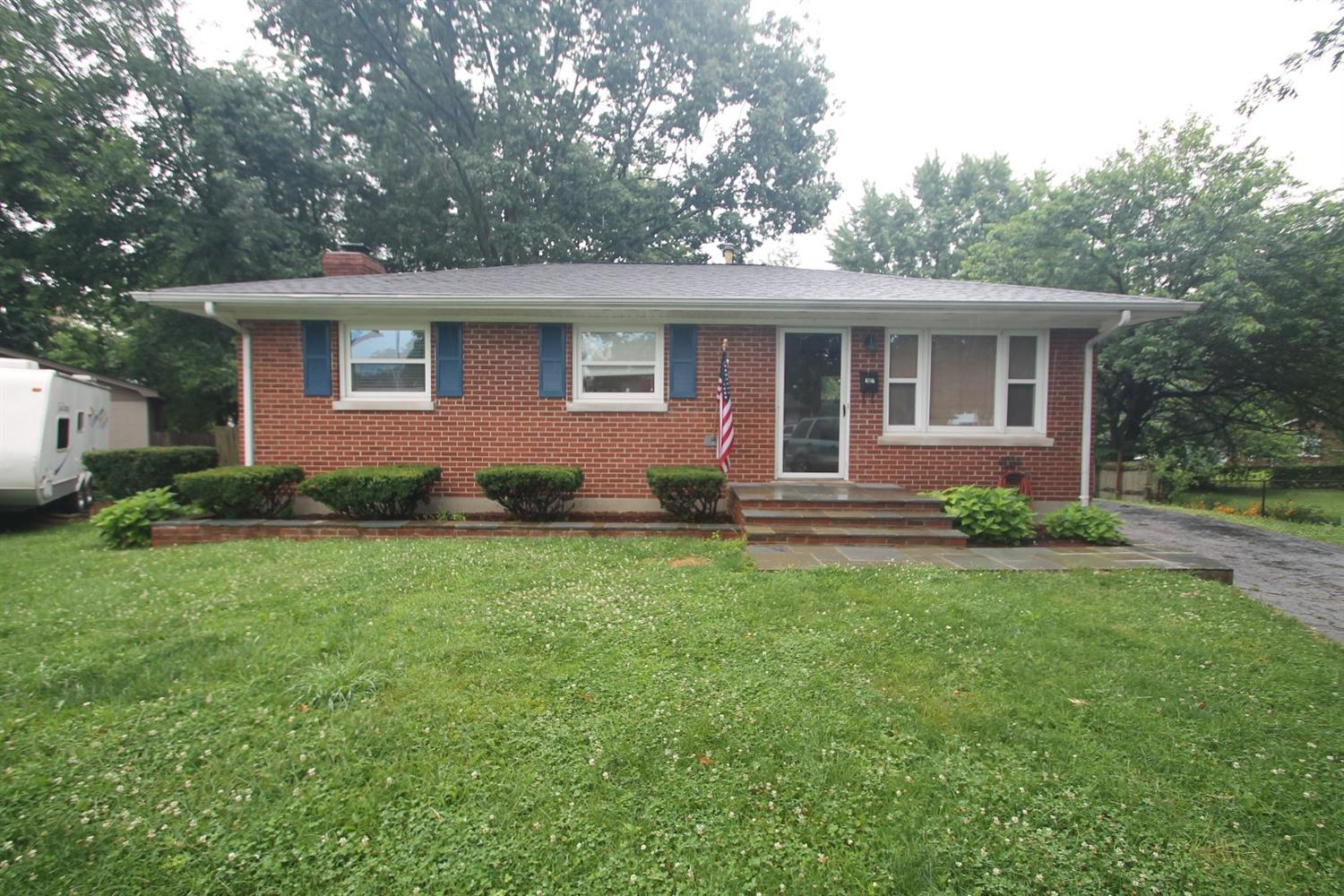 Price%20Reduced,%20Seller%20Motivated!!%20%20Check%20out%20this%20MOVE%20IN%20READY,%20Ranch%20on%20a%20Basement!%20%20This%20all%20brick%20home%20is%20located%20in%20a%20cul-de-sac%20in%20a%20quiet,%20well%20established%20neighborhood,%20with%20schools%20and%20parks%20nearby.%20%20There%20is%20a%20HUGE%20yard%20for%20kids%20and%20pets%20to%20play!%20%20Great%20Starter%20home%20for%20any%20first%20time%20buyer%20and%20a%20great%20home%20for%20someone%20looking%20to%20downsize!%20%20Don't%20miss%20out%20on%20this%20great%20house!