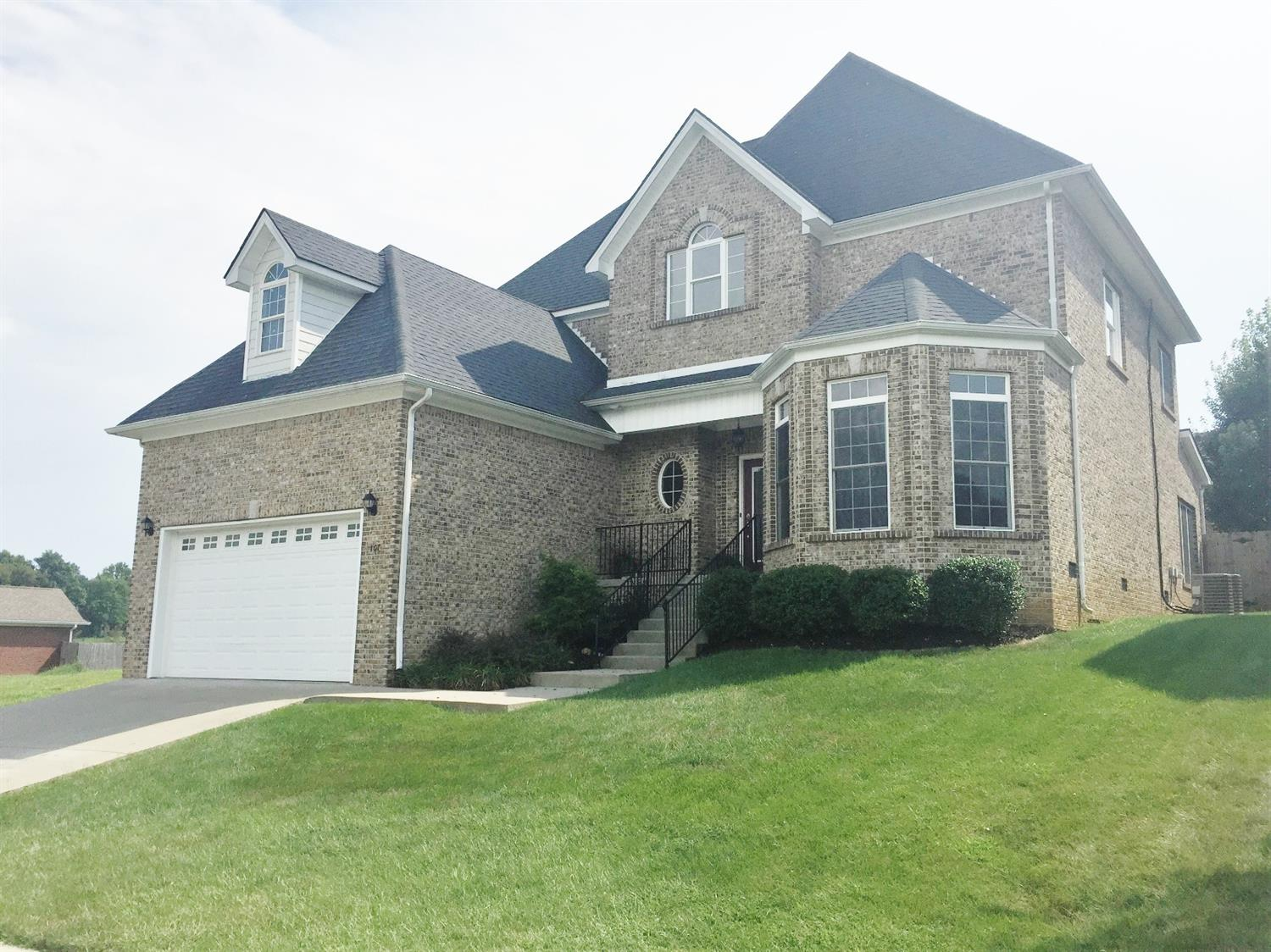 Home For Sale at 106 Bayberry Ln, Frankfort, KY 40601