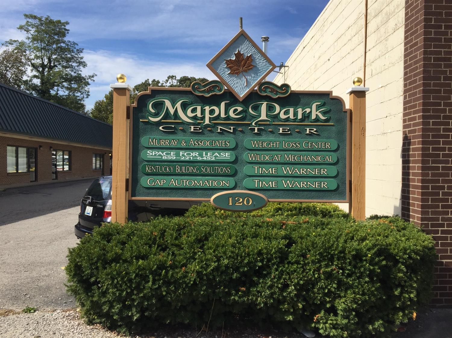 Looking%20for%20office%20or%20retail%20space%20for%20your%20business?%20Maple%20Park%20Center%20is%20centrally%20located%20in%20Winchester's%20business%20district%20and%20has%20plenty%20of%20parking.%20%20Close%20to%20the%20Court%20House%20and%20banks.%20I-64%20is%20also%20easily%20accessible.
