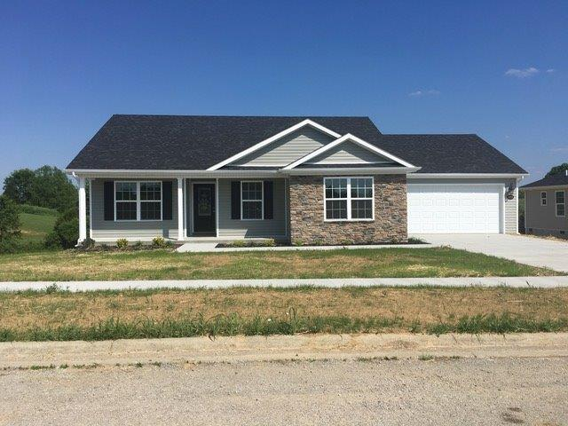 Home For Sale at 104 Crossing View Dr, Berea, KY 40403