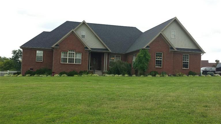 100%20Heartwood%20Ln%20Frankfort,%20KY%2040601