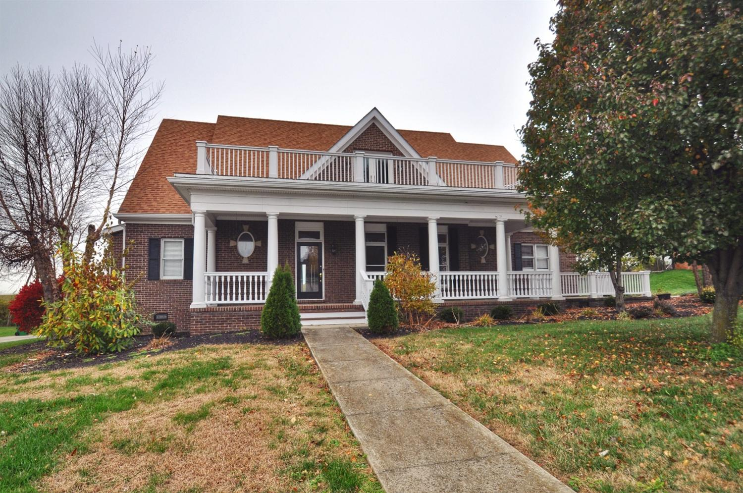 110 Candlewood Dr, Winchester, KY 40391
