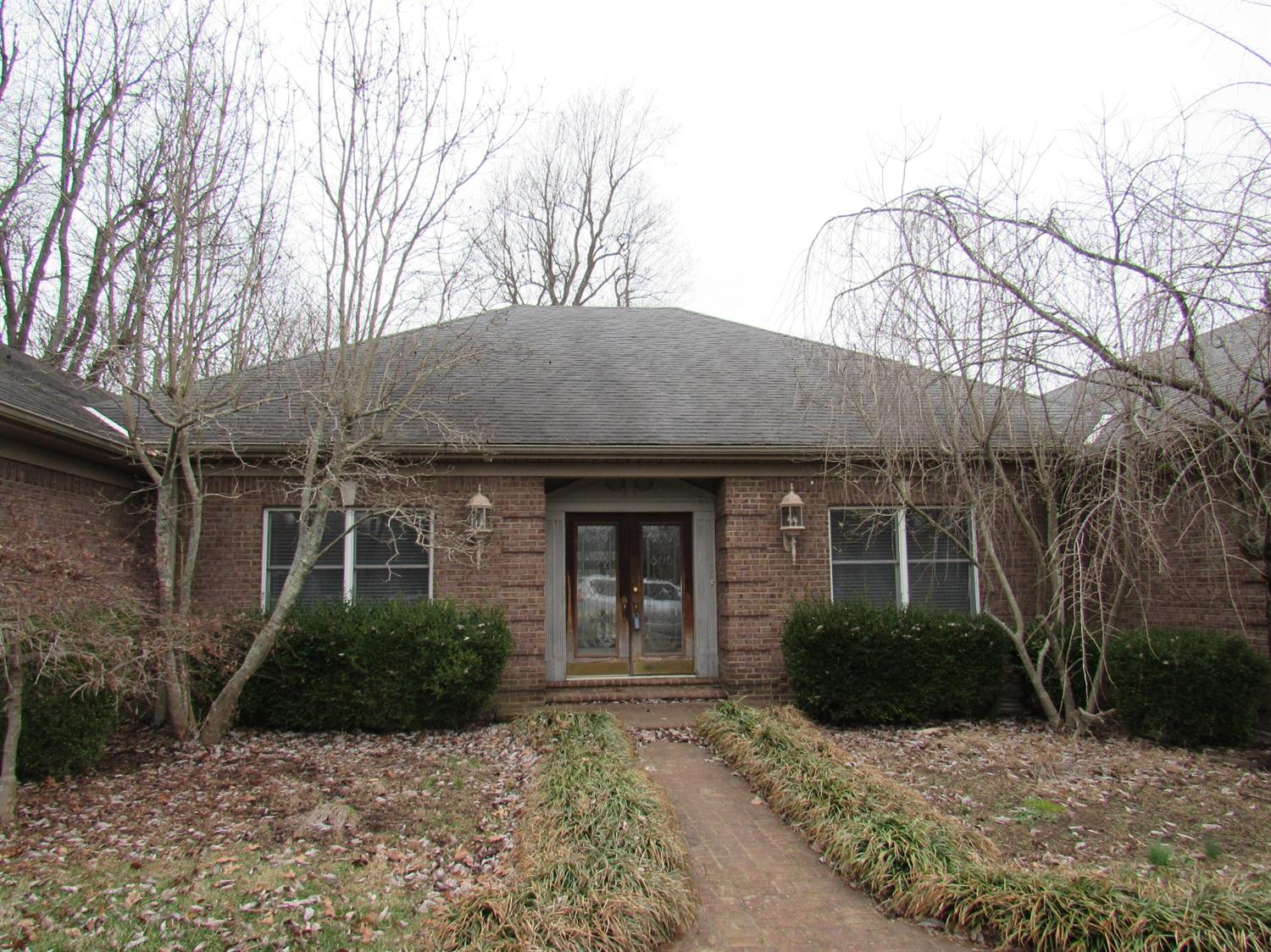 Home For Sale at 1220 Brannon Rd, Nicholasville, KY 40356