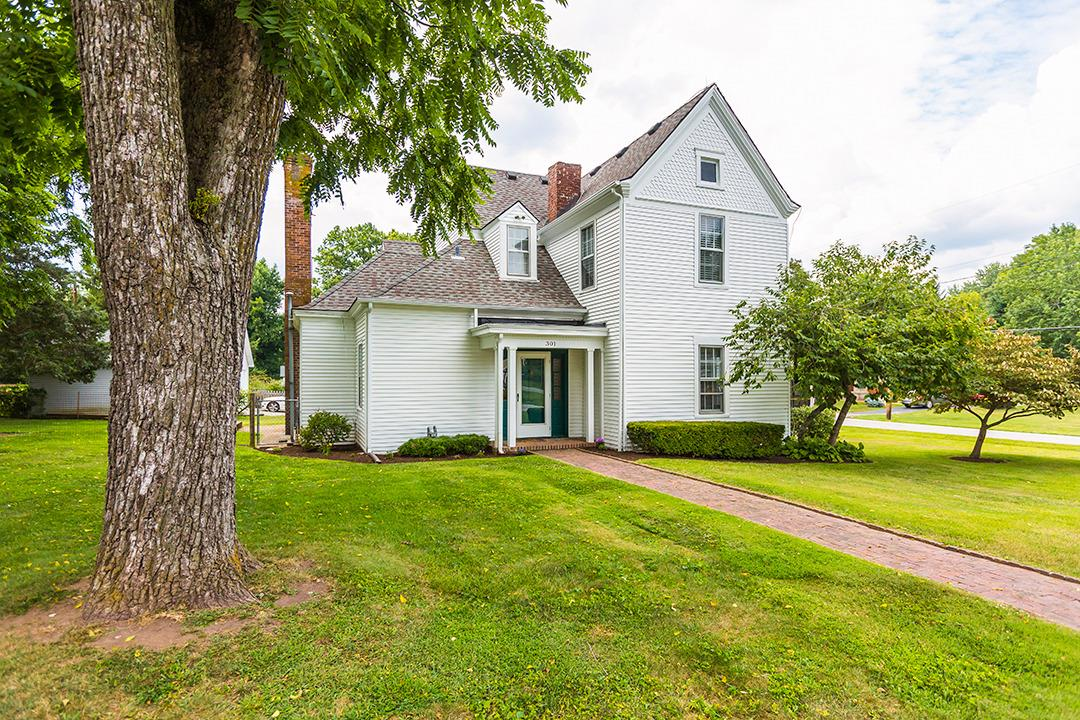 301 S Turner Street, Midway, KY 40347