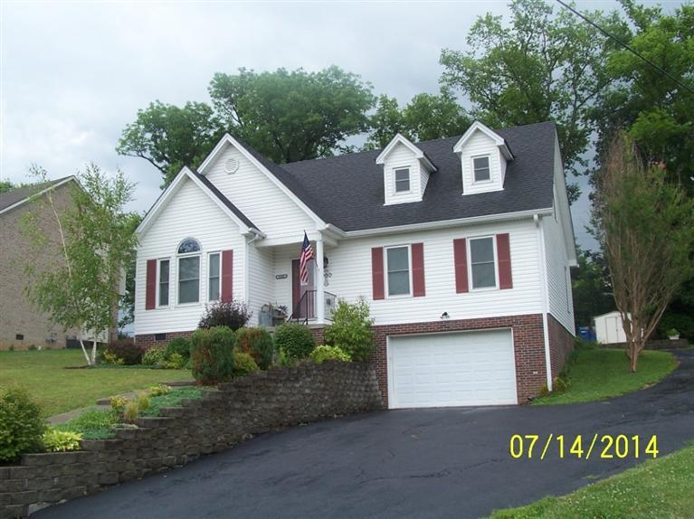 1106%20Willoughby%20Woods%20Lawrenceburg,%20KY%2040342