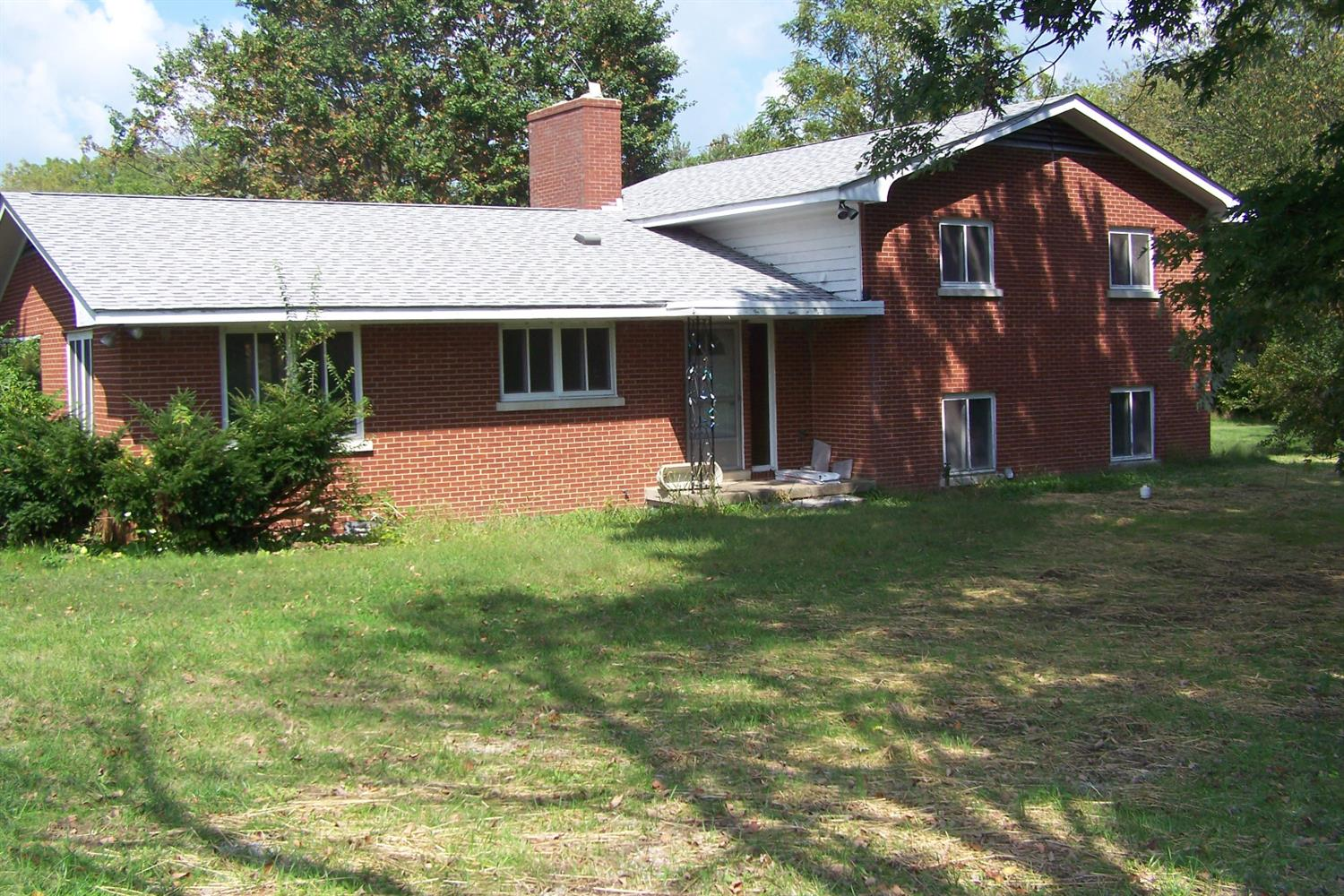 Home For Sale at 2495 Bryan Station Rd, Lexington, KY 40516