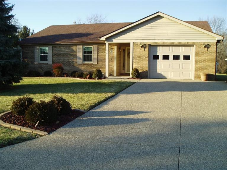 614%20Buckner%20Dr%20Frankfort,%20KY%2040601 Home For Sale