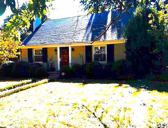 Home For Sale at 415 Kingswood Dr, Lexington, KY 40502