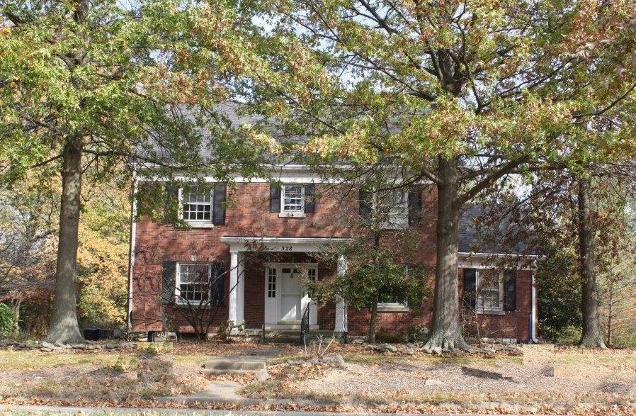 Lexington Real Estate Deepwood
