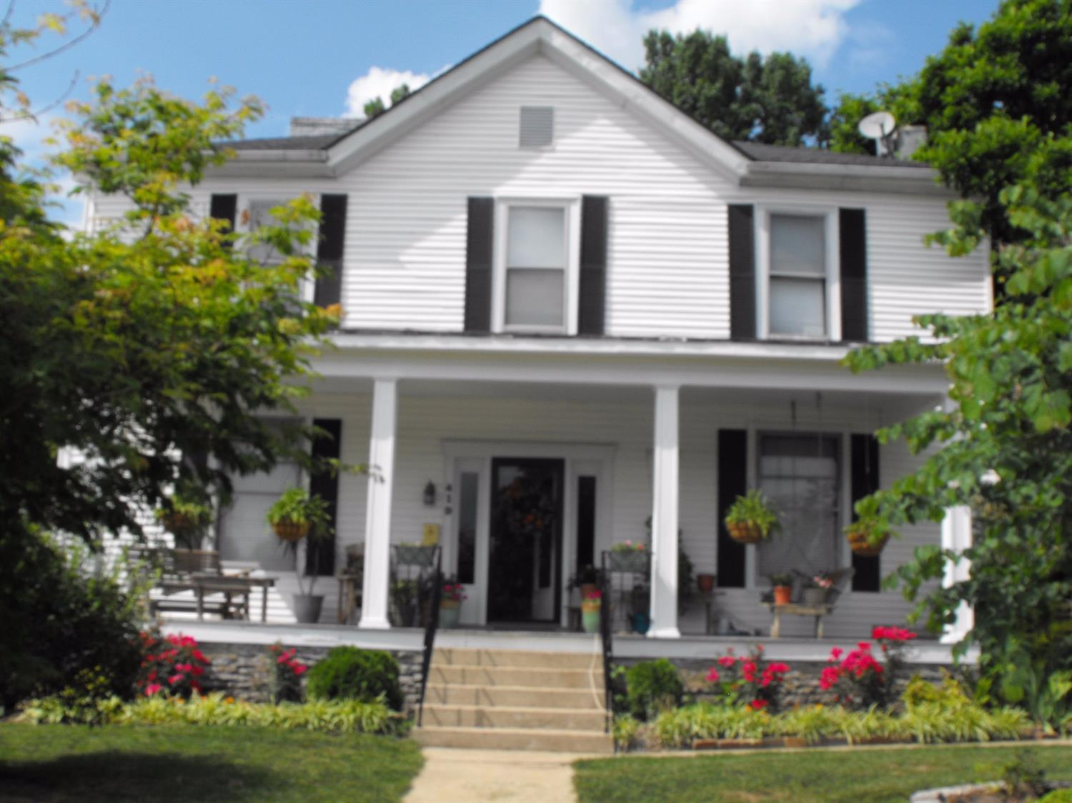 419 W High Street, Mt Sterling, KY 40353