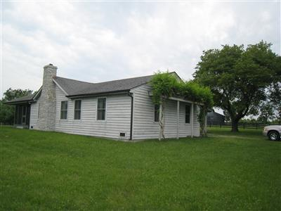 183 Pretty Run Rd Paris, KY 40361