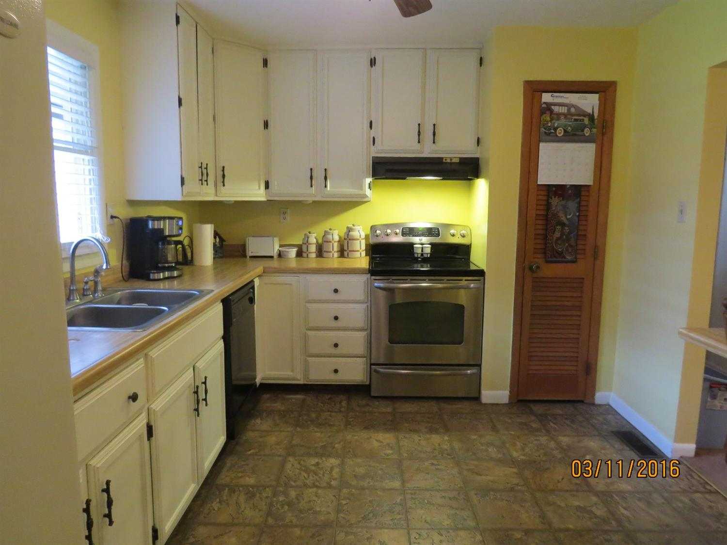 4518 SOUTH US HIGHWAY 119, WALLINS, KY 40873  Photo 7