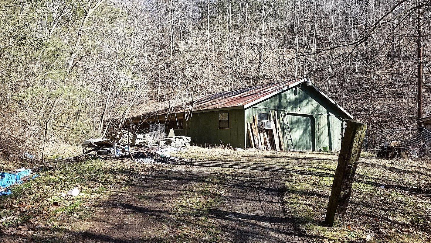 4518 SOUTH US HIGHWAY 119, WALLINS, KY 40873  Photo 33